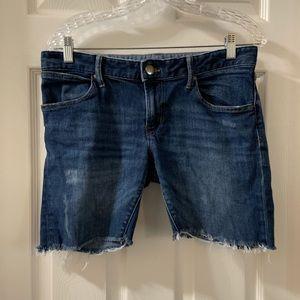 Gap Boyfriend Style Cut Off Shorts Size 28/6